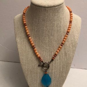 Vintage angel skin coral bead necklace w/ crystal